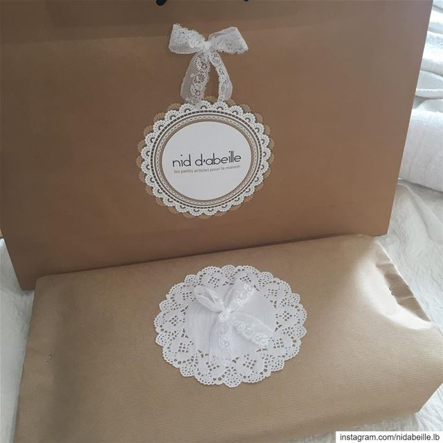 Wedding season 👰🏻 Write it in fabric by nid d'abeille  packaging ...