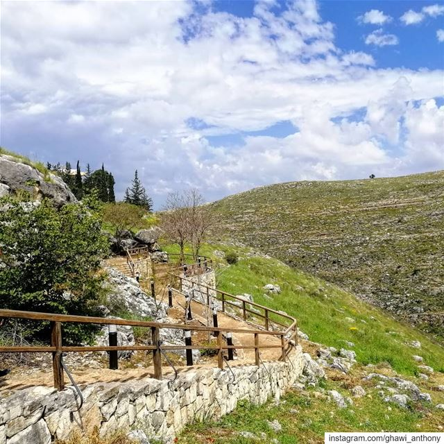 To the green land 💚_______________________________ saturday weekend ... (Qana, Lebanon)