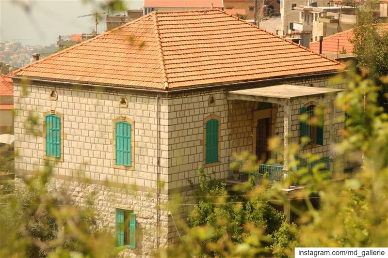 Traditional houses 👌🏻 photooftheday  photography  photographer  photo ... (Beït Chabâb, Mont-Liban, Lebanon)