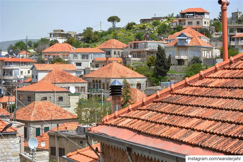 A walk accross the 🇱🇧 rooftops 🖤 lebstory lebanontraveler ... (Rashayya, Béqaa, Lebanon)