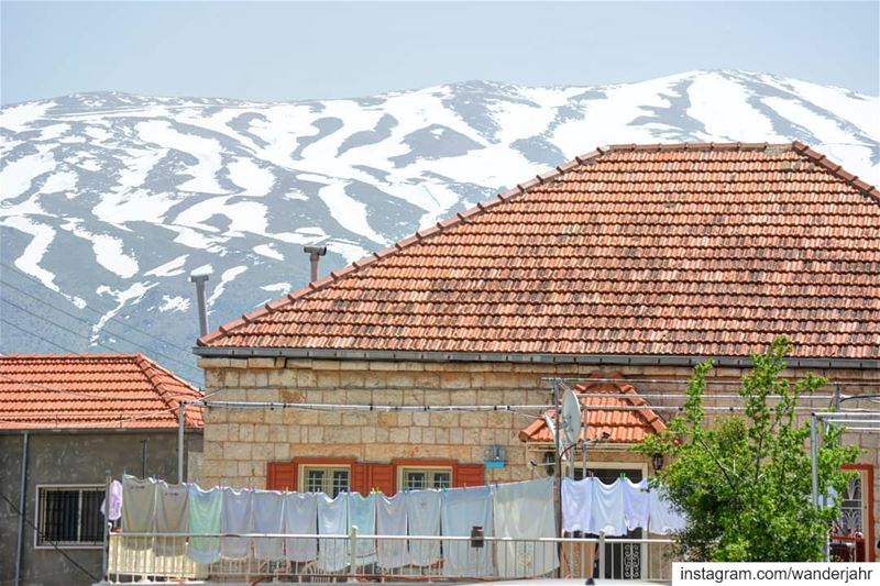 i love laundry! 💙 lebstory lebanontraveler lebanonbyalocal ... (Rashayya, Béqaa, Lebanon)