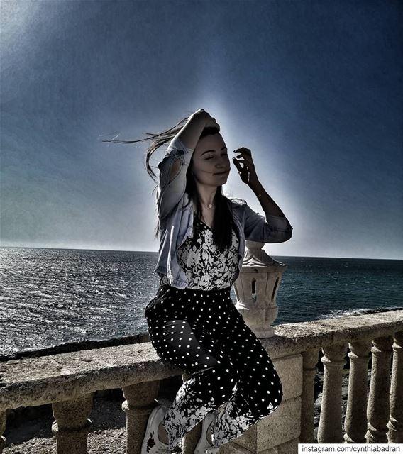 Enjoy every little thing... the wind ... the moonlight ... the beach... (Batroûn)