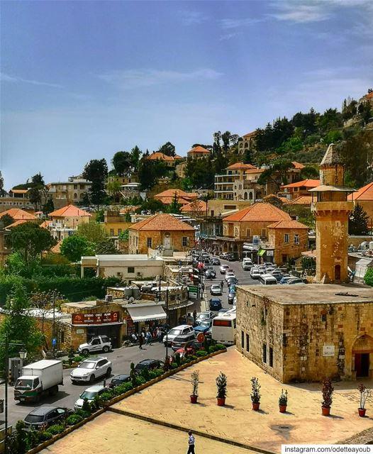 nationalart souwarfromlebanon lebanonpictures ig_lebanon دير_القمر ... (Deïr El Qamar, Mont-Liban, Lebanon)