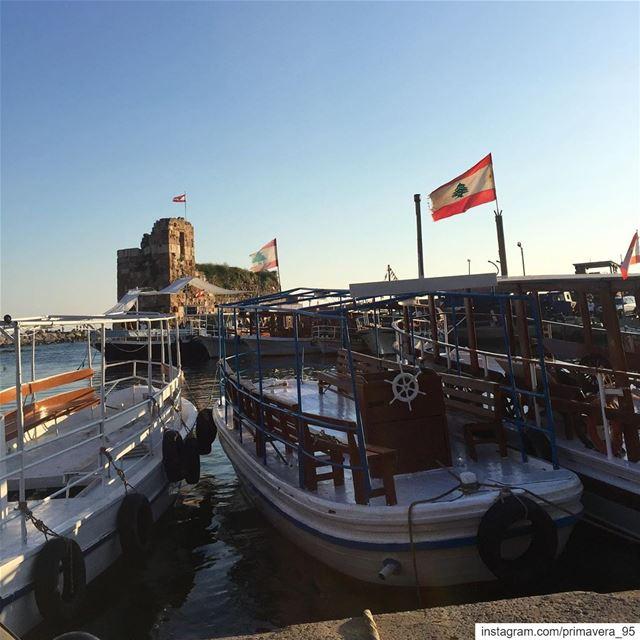 harbor byblos lebanon jbeil lebanese flag boats historic ... (Byblos, Lebanon)