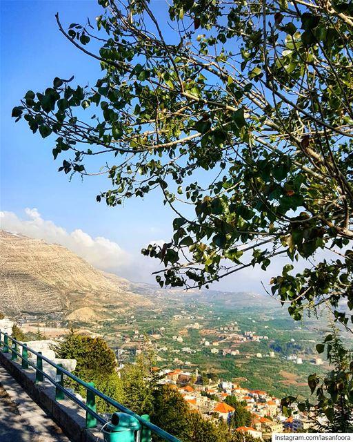 Ta7t l sama ma fi mtl lebnan lebanon lebanoninapicture ptk_lebanon ... (Ehden, Lebanon)