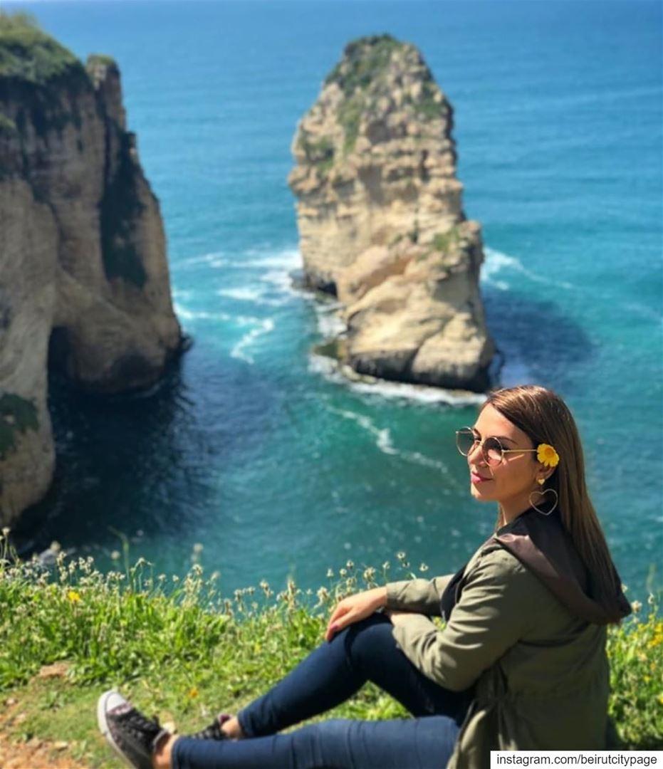 Raouche Beirut - بيروت الروشة jounieh byblos photoshoot ruins ...