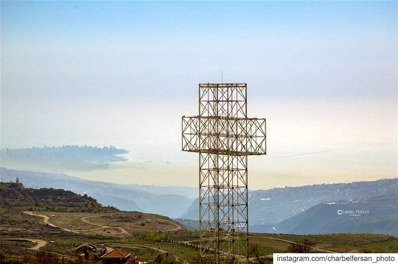 Always have faith www.charbelfersan.com - © All rights reserved tb ... (Qanat Bakish, Mont-Liban, Lebanon)