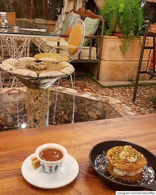 الدنيا هيك 🤷🏽♀️.... ramramcoffee turkishcoffee butfirstcoffee ... (El Denye Hek الدنيا هيك)