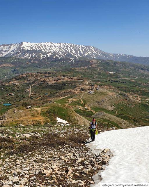Enjoying the last bits of snow 🚶♂️🗺🧭 myadventureslebanon... (Lebanon)