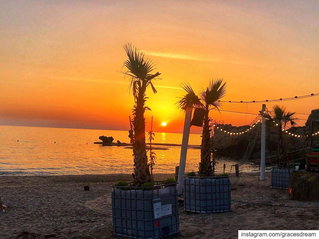 Sunset 🌞 @nomadbeachclub ....... Summer SummerTime SummerFun ... (Nomad Beach Club)
