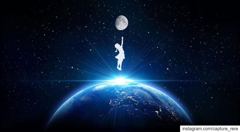 في عالم كثرت فيه النجوم اختارت أن تكون القمر.ريم Half taken by me😁:phot