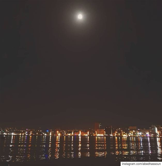 Tyre by night 🌕................. LiveLoveTyr   tyr ... (Tyre, Lebanon)