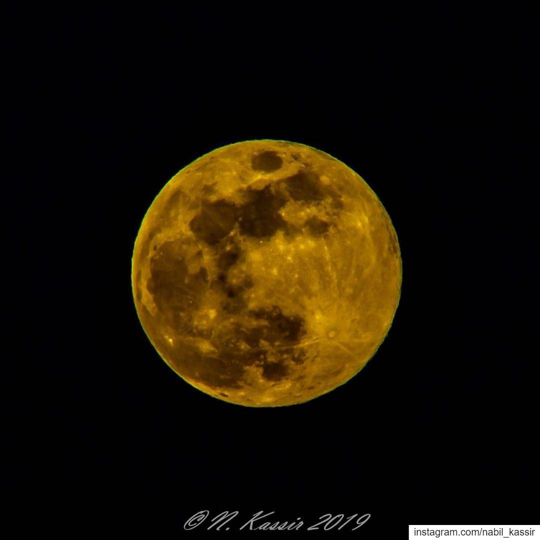 full moon fullmoon in scorpio ♏️ Beirut Lebanon ig_great_shots_me ...