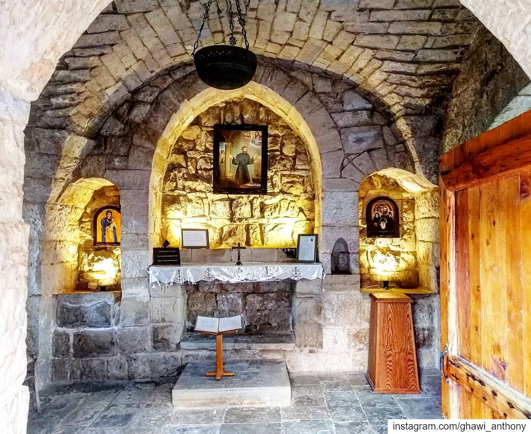 God understands our prayers even when we can't find the words to say them🙏 (Aïtou, Liban-Nord, Lebanon)