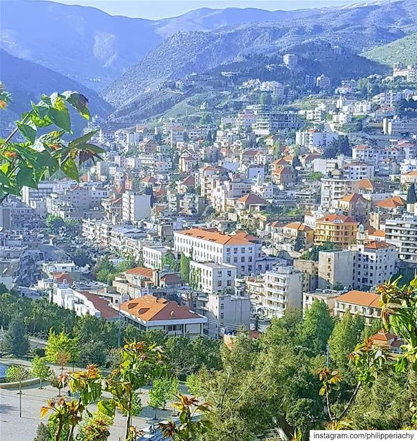 My lovely city zahle.... zahle lebanon city motheroftheworld bekaa... (Zahlé, Lebanon)