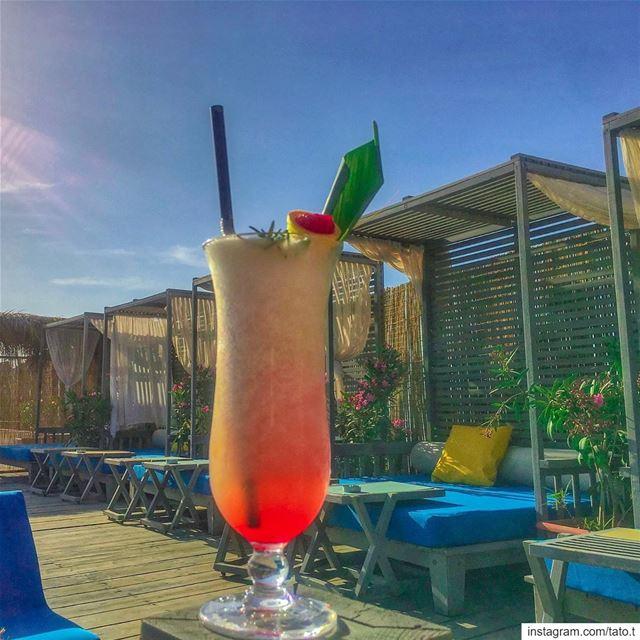 ...🍹𝑰𝒕'𝒔 𝒃𝒆𝒈𝒊𝒏𝒏𝒊𝒏𝒈 𝒕𝒐 𝒍𝒐𝒐𝒌 𝒂 𝒍𝒐𝒕 𝒍𝒊𝒌𝒆 𝑪𝒐𝒄𝒌𝒕 (Iris Beach Club)