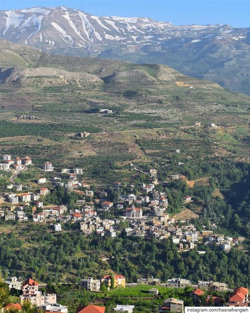 When we visit Ehden, we feel our eyes Thanking us for the infinite beauty... (Ehden, Lebanon)
