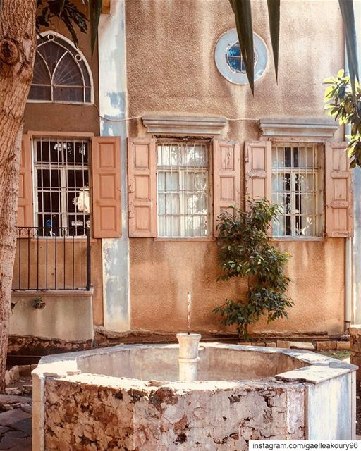 Wish we could turn back time to the good old days 🧡 old heritage ... (Beirut, Lebanon)