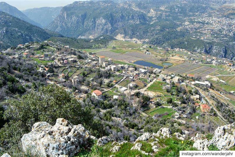 Jerd Hrajel 😍 nature hiking trail lebstory lebanontraveler ... (Hrâjel, Mont-Liban, Lebanon)