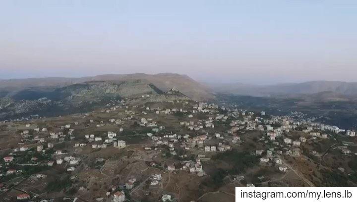 إلى عشّاق إهدن في شهر مريم العذراء. ehden drone lebanon north ... (Ehden, Lebanon)