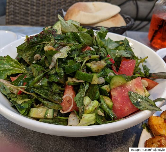 fattoush  salad  vegetables  fresh  healthy  yummy  lebanesefood  food ...
