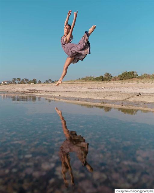 ~ @jooaoun ~... ballet balletpost ballerina instaballet jump ... (Tyre, Lebanon)