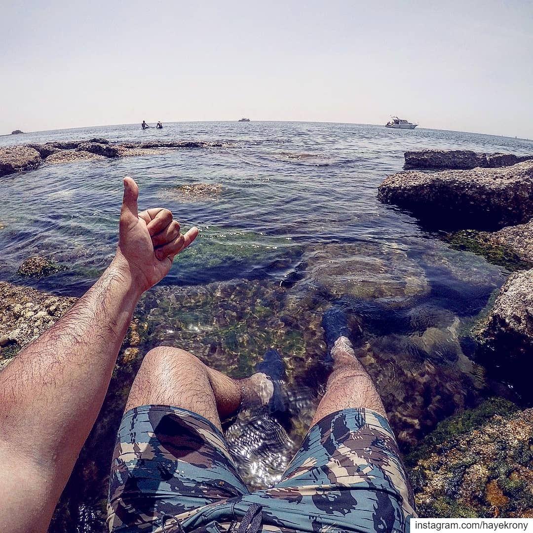 Don't worry, beach happy🌊... beach summertime tan gopro goproleb ... (Batroûn)