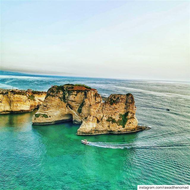 🇱🇧🇱🇧🇱🇧...... lebanonmania beautifullebanon lebanononline ... (Raouche Rock , Beirut , Lebanon)
