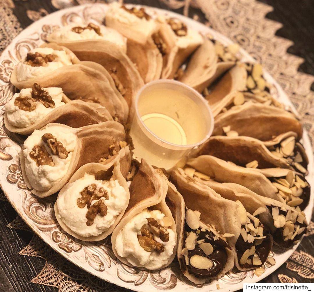 what do you prefer Atayef Ashta Or Nutella ? 🤔🙊...Atayef are lebanese... (Greater Montreal)