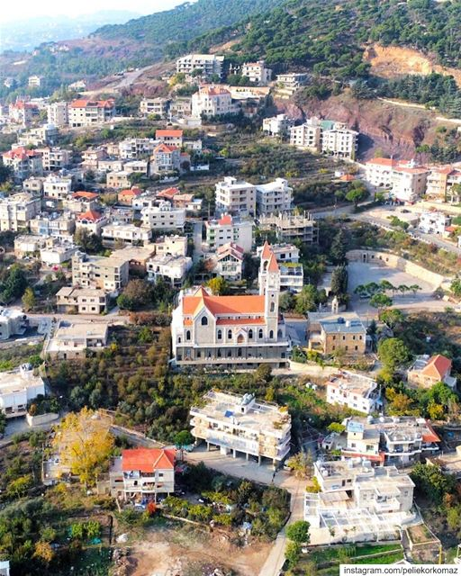 You arrive at a village, and in this calm environment, one starts to hear... (Baskinta, Lebanon)