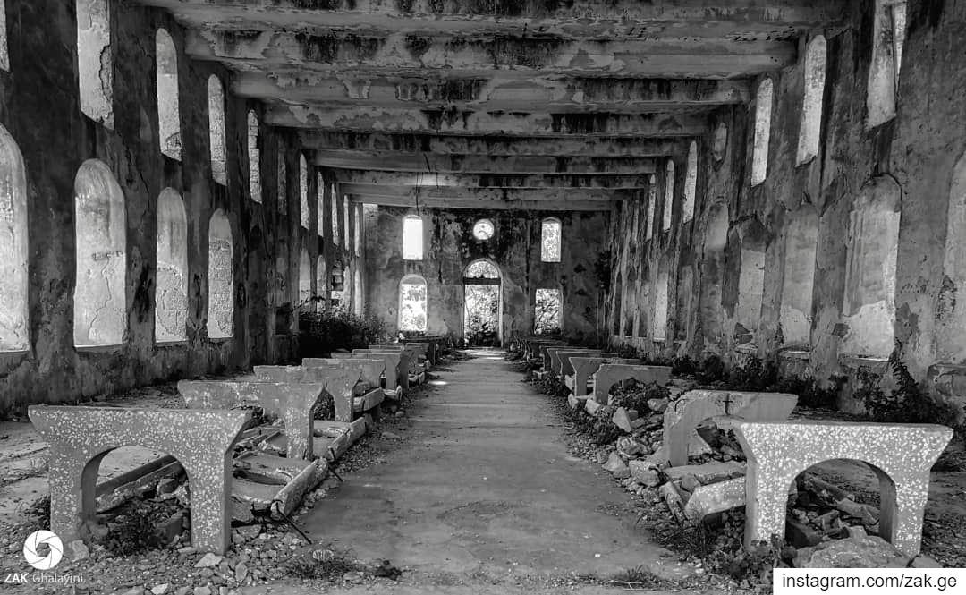 What happened?Silky Abandoned. Silk lebanon leb factory kfarmatta ... (Kafr Mattá, Mont-Liban, Lebanon)