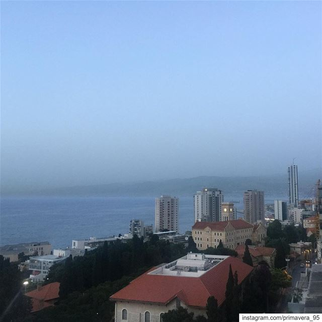 Beirut  hamra  capture  view  buildings  sea  mountains  city  instapic ... (Hamra, Beyrouth, Lebanon)