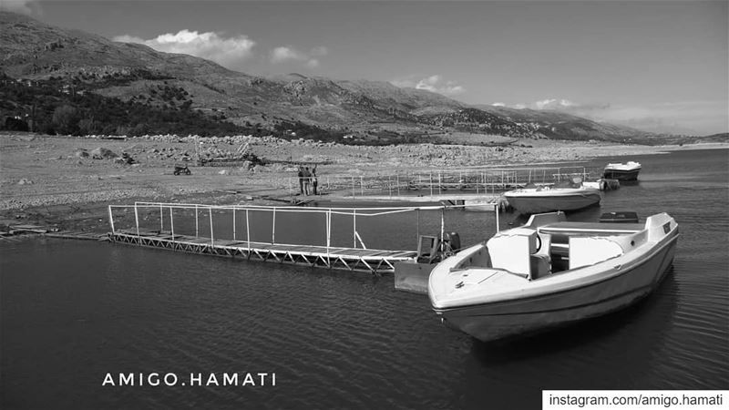 Karoun lake in black and white back to 2011 beirut  lebanon... (Karoun, Al Beqqa, Libnan)