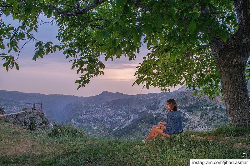 """𝗟𝗲𝘁'𝘀 𝗮𝗱𝗱 """"𝗧𝗛𝗘 𝗕𝗘𝗔𝗨𝗧𝗬"""" 𝘁𝗼 𝘁𝗵𝗲 𝘃𝗶𝗲𝘄!!!🤗... (Bcharré, Liban-Nord, Lebanon)"""