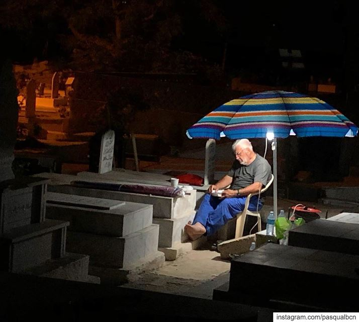 Night praying in company cemetery ramadan2019 nightphotography ... (مدينة صور - Tyre City)
