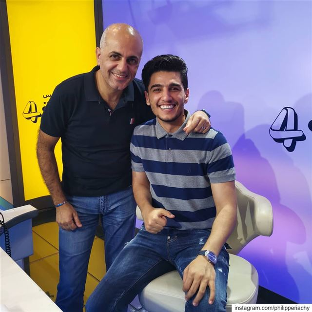 صورة عفوية مع محبوب العرب محمد عساف.... radio interview alrabia1078... (Channel 4 Network Studios)