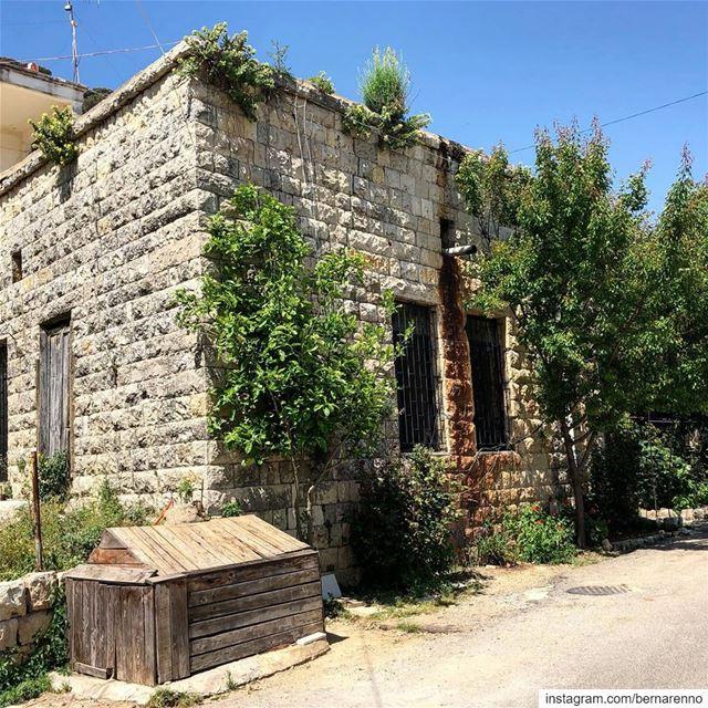 deirelkamar livelovedeirelkamar chouf lebanon livelovelebanon ... (Deïr El Qamar, Mont-Liban, Lebanon)