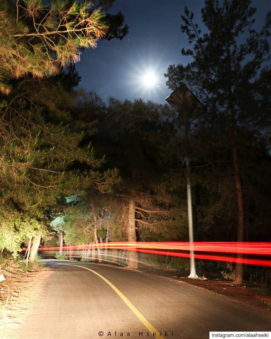 Dark Night, Full Moon, Car Lights 💫... Hseiki Lebanon ... (Baïssoûr, Mont-Liban, Lebanon)