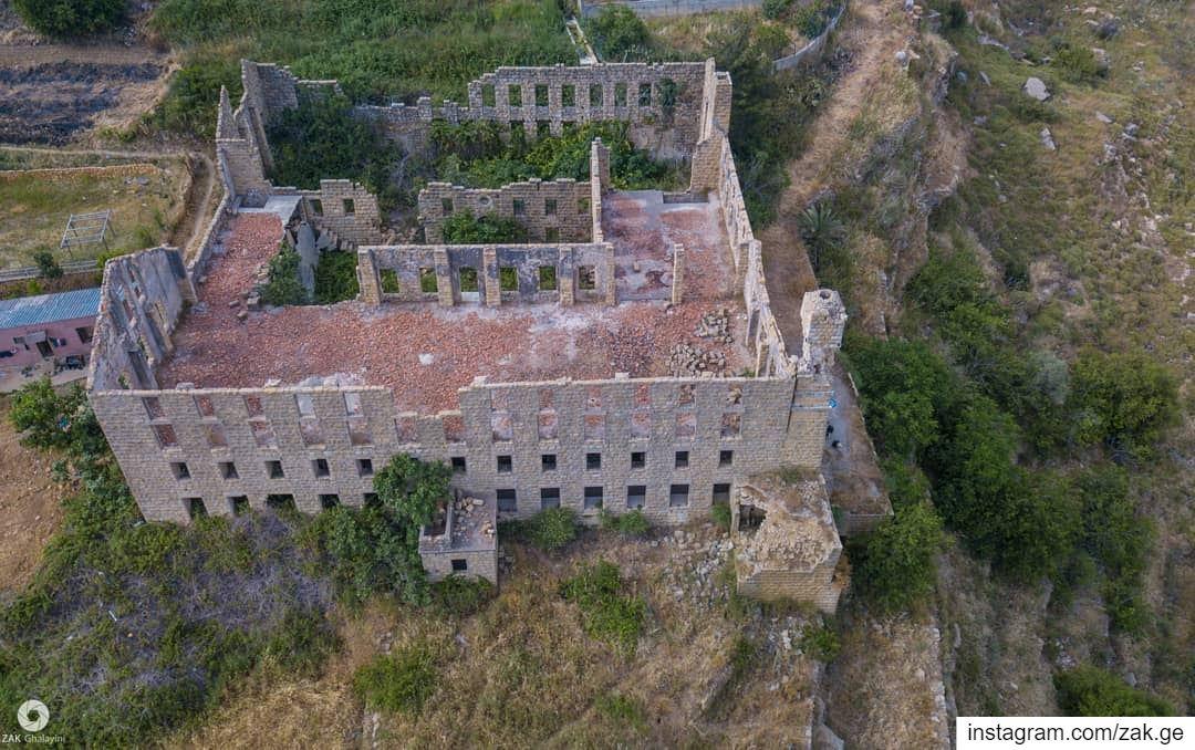 Sil kay Fact - O - Ris lebanon Silk factory abandoned picture_to_keep... (Kafr Mattá, Mont-Liban, Lebanon)