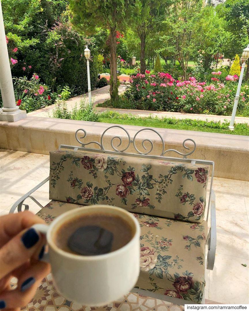 توقفت عن حب كل شيء الا انت... ramramcoffee turkishcoffee ...