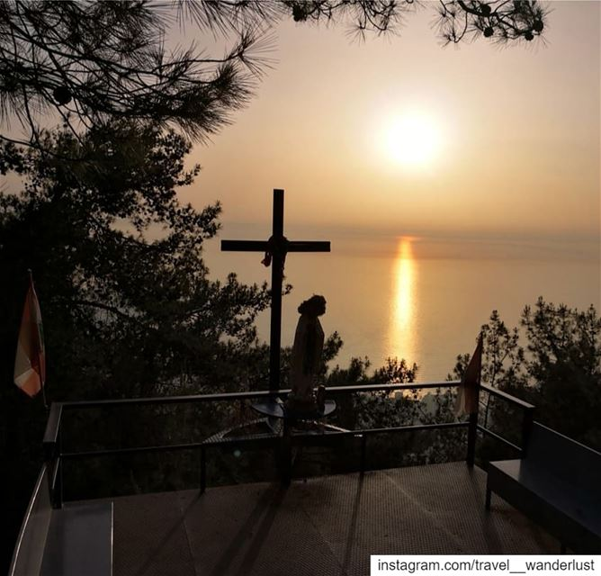 Happy is he who lives and dies under the protection of the Blessed Virgin ~ (جونية - Jounieh)