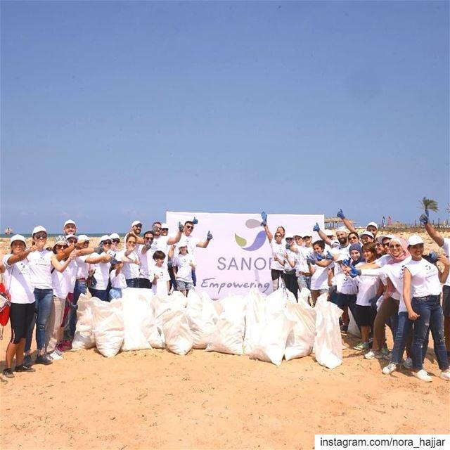 Sanofi Beach Clean Day sanofi empoweringlife actforchange ... (Dbayeh, Mont-Liban, Lebanon)