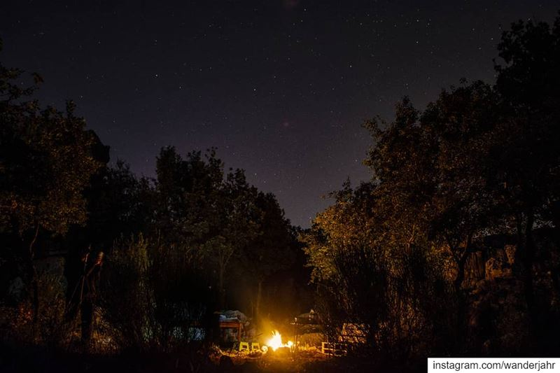 The right combination is the key to success:Stars, fire and people you... (Feitroun, Mont-Liban, Lebanon)