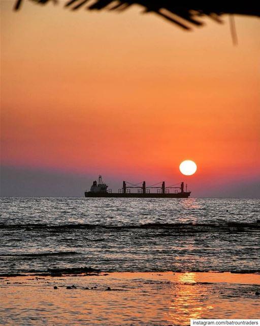 batroun sunset البترون_سفرة summer beach batrounbeach batrouncoast ... (Batroûn)
