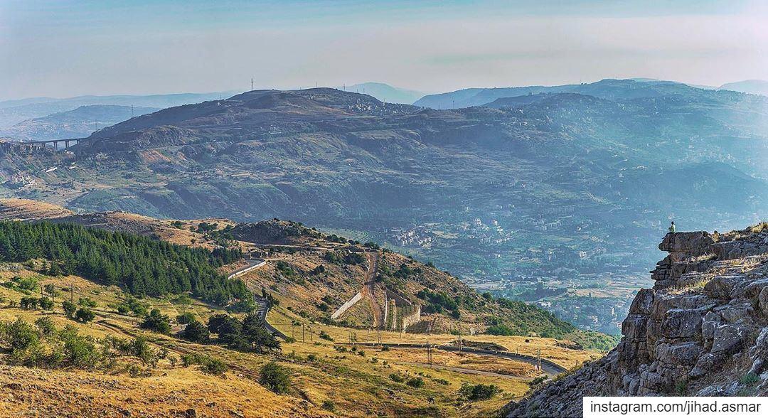 𝗧𝗵𝗲 𝘃𝗶𝗲𝘄 𝗶𝘀 𝗮𝗹𝘄𝗮𝘆𝘀 𝗮𝗻 𝗶𝗻𝗳𝗶𝗻𝗶𝘁𝗲 𝗺𝗼𝘃𝗶𝗲 𝘁𝗼 𝙃� (Falougha, Mont-Liban, Lebanon)