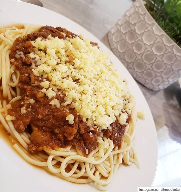 Spaghetti sauce with meat🌸Ingredients🌸300g of ground meat1 large... (Greater Montreal)