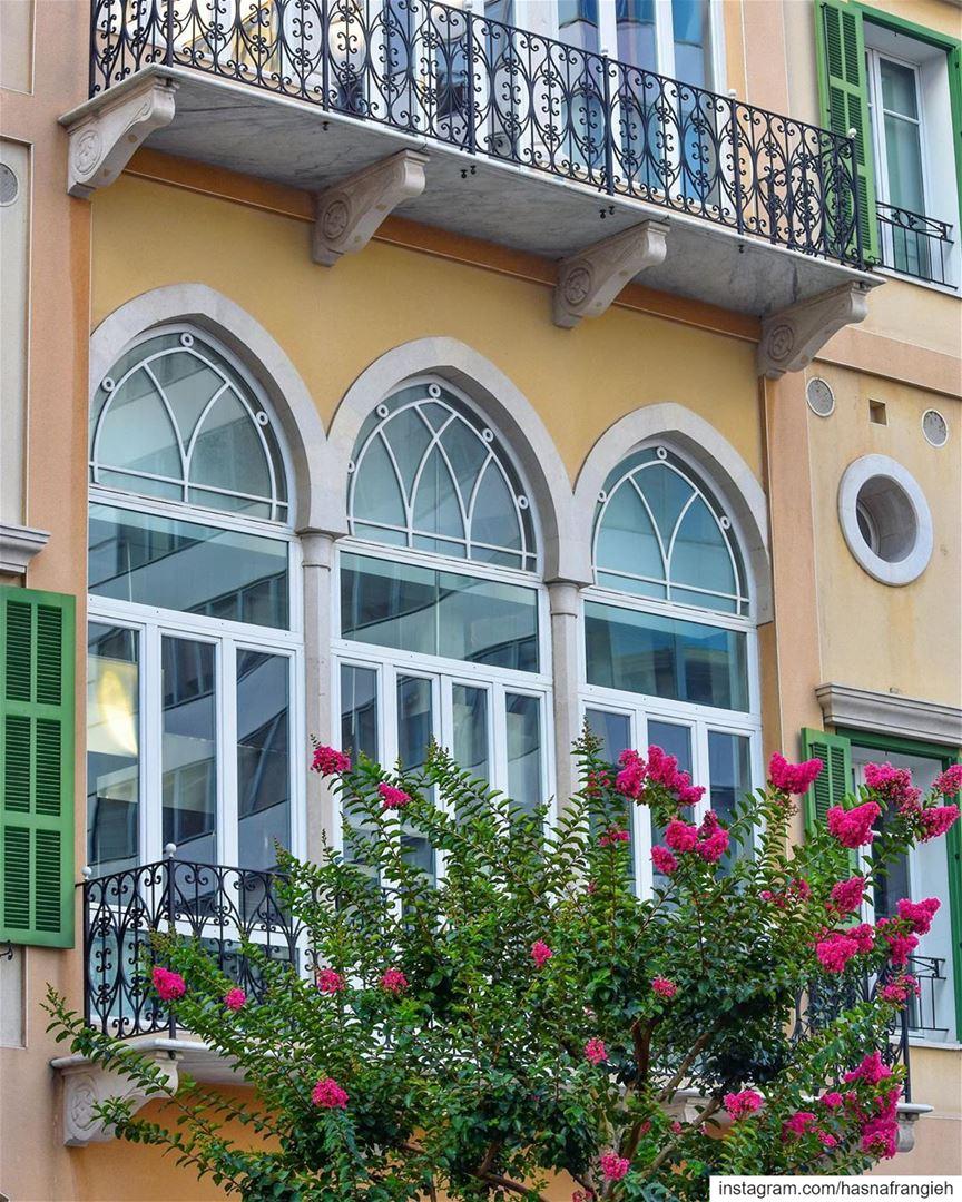 Il y a toujours des fleurs pour ceux qui veulent les voir - Henri Matisse ... (Beirut, Lebanon)