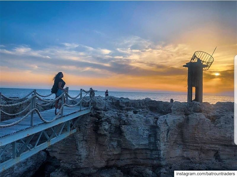 batroun  البترون_سفرة  sunset  old  lighthouse  phoenician  wall ... (Batroûn)