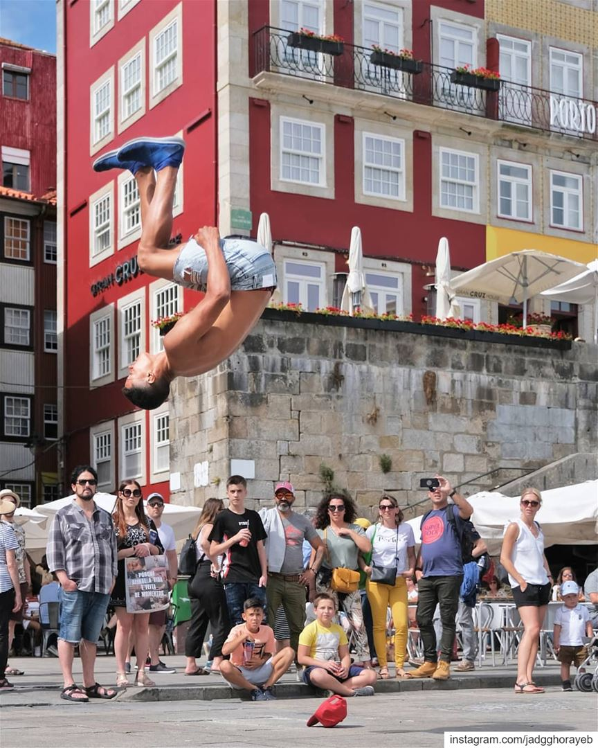 ~ Guine from 🇧🇷 ~... Capoeira capoeiralife dance backflip jump ... (Porto, Portugal)