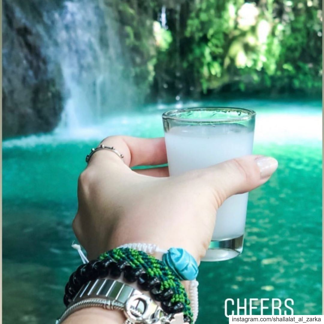 Cheers to to weekend 🥂Photo by : @my.tummy.logs.. roadtrip ... (Shallalat Al Zarka شلالات الزرقا)